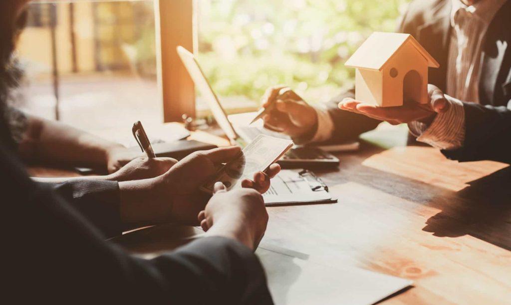 房屋融資貸款的 5 種方法及種類:【房屋一胎】、【房屋二胎】、【房屋轉貸】、【房屋增貸】、【融資貸款】。