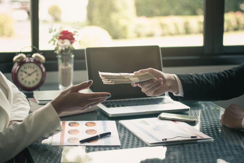 【快速拿到錢】領現金的族群該準備哪些資料當財力證明呢?